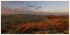 Curbar Edge. (Ian Emerson (Thanks for all the comments and faves) Tags: curbaredge peakdistrict derbyshire canon6d canon landscapephotography landscape outdoor sunrise morning winter hiking 24105 heather unitedkingdom england scenic