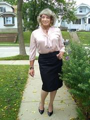 Why Is This Woman Smiling? (Laurette Victoria) Tags: skirt blouse pencilskirt woman laurette