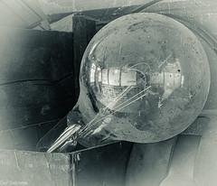 Mehr Licht! --- More light! (der Sekretär) Tags: detail dreck glühbirne glühlampe lampe licht lichtquelle reflexion schmutz spiegelung thüringen abandonned alt closeup dirt dirty dreckig filamentlamp gespiegelt lamp light lightbulb lostplace mirrored obsolet obsolete old outofdate outdated reflected reflection schmutzig screwfactory urbanexploration urbex veraltet boxcardboardbox karton pappkarton