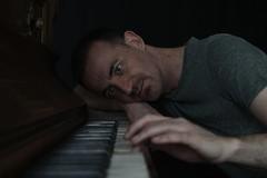 Son, can you play me a memory ? (just.Luc) Tags: piano portret portrait ritratto retrato porträt face gezicht visage gesicht man male homme hombre uomo mann