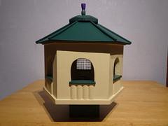 Hexagonal Bird Feeder 27