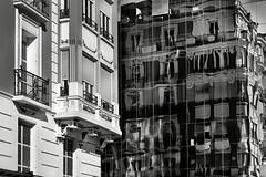 LA CASA DE LOS ESPEJOS (a-r-g-u-s) Tags: reflejos ventanas windows mirrors mirror