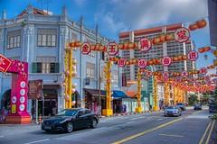 Southbridge road in Chinatown in Singapore (UweBKK (α 77 on )) Tags: singapore southeast asia sony alpha 77 slt dslr southbridge road street chinatown decoration lantern car urban city