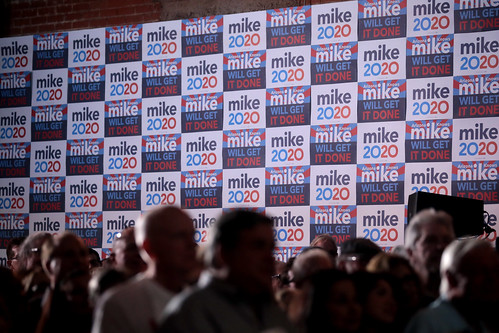 Mike Bloomberg signs by Gage Skidmore, on Flickr
