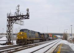 CN 327 (Michael Berry Railfan) Tags: cn canadiannational cn327 dorval montreal train freighttrain csx csxt csxt5467 csxt572 ac4400cw es40dc es44dc