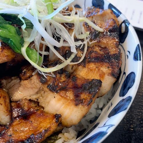 ぶた丼とパンのお店 Bamboo(バンブー)厚切りぶた丼