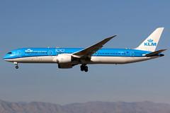 KLM | Boeing 787-9 | PH-BHG | Las Vegas McCarran (Dennis HKG) Tags: aircraft airplane airport plane planespotting skyteam canon 7d 100400 lasvegas mccarran klas las phbhg klm kl boeing 787 7879 boeing787 boeing7879 dreamliner