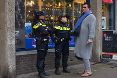 """""""No officer, I didn't see a tall man with  a long gray coat"""" (chipje) Tags: street policeofficers talking man tall gray gedempteburgwal thehague coat"""