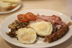 Breakfast at Bridge Street . (AndrewHA's) Tags: hertfordshire bishopsstortford food bridgestreet cafe breakfast egg sausage bacon tomato mushroom bread