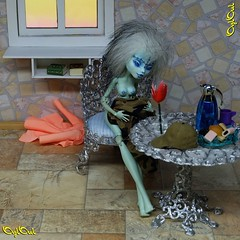 №677. Vol.1 / Ep.CIV (38) (OylOul) Tags: oyloul 2020 q1 16 doll monster high custom feb title