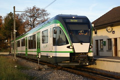 2010-11-04, LEB, Bercher, RBe 4/8 45 (Fototak) Tags: schmalspurbahn treno railway train stadler switzerland leb 45