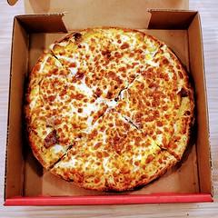 Breakfast pizza frittata (Will S.) Tags: mypics gabrielpizza hollandcross ottawa ontario canada pizza frittata breakfast bacon sausage pepperoni