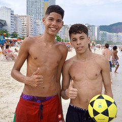 Happy boys (alobos life) Tags: happy players ball copacabana nice beautiful cute brazilians boys garotos rio de janeiro brasil brazil beach playa