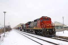 CN 120 (Michael Berry Railfan) Tags: cn canadiannational cn120 dorval montreal kingstonsub winter snow train freighttrain intermodaltrain intermodal stacktrain doublestacks ge generalelectric gevo es44dc c408 dash8 dash840c cn2132 cn2258