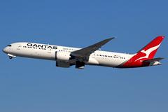 Qantas | Boeing 787-9 | VH-ZNG | Los Angeles International (Dennis HKG) Tags: aircraft airplane airport plane planespotting oneworld canon 7d 100400 losangeles klax lax vhzng qantas qfa qf australia boeing 787 7879 boeing787 boeing7879 dreamliner