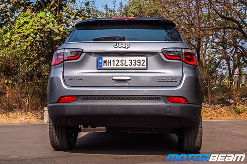 Jeep-Compass-Diesel-AT-10