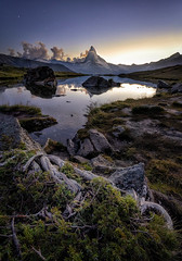 Blue hour (Perez Alonso Photography) Tags: switzerland swiss zermatt lake bluehour sunset matterhorn cervino stellisee sky stars