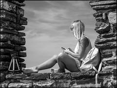 Tripod (GColoPhotographer) Tags: streetphotography bag bw girl nikon bianconero street blond blackandwhite woman