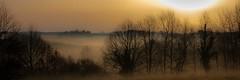 Petite brume d'un matin hivernal (Stratoosfer - Puycelsi France) Tags: saariysqualitypictures ngc canon sigma leve du jour brume bouillard soleil hiver