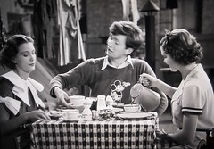 Mickey Mouse Shirt wearing Buddy Ebsen 5140 (Brechtbug) Tags: eleanor powell buddy ebsen cartoon shirt vilma musical scene from broadway melody 1936 mickey mouse disney character designed by artist ub iwerks screen grab screengrab