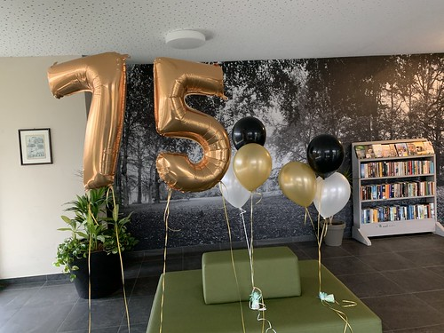 Tafeldecoratie 3ballonnen De Wielewaal Rotterdam