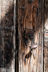 détail de porte 38 (Rudy Pilarski) Tags: nikon bois wood architecture architectura abstract abstrait ancien old texture tamron thebestoffnikon travel thepassionphotography d750 voyage france francia europe europa ombre shadows