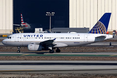 United Airlines | Airbus A319 | N814UA | Los Angeles International (Dennis HKG) Tags: aircraft airplane airport plane planespotting staralliance canon 7d 100400 losangeles klax lax n814ua united unitedairlines ual ua usa airbus a319 airbusa319