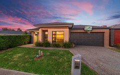 16 Dash Drive, Cranbourne East VIC