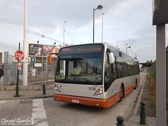 VANHOOL New A330 - 9726 - STIB (Clément Quantin) Tags: bus autobus standard urbain ligne van hool vanhool newa330 eev 9726 605bns stib réseau région bruxellescapitale bruxelles brussels stibbus stibbus88 ligne88 heysel