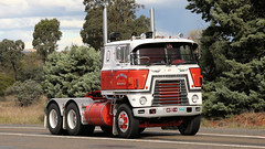 The Internationals (2 of 3) (Jungle Jack Movements (ferroequinologist) all righ) Tags: inter international harvester ih yass haulin hauling hume historic vintage veteran sydney highway freeway transtar 4200 holdsworth cooma taylor redcastle 4070 d195 hp horsepower big rig haul freight cabover trucker drive transport carry delivery bulk lorry hgv wagon road nose semi trailer deliver cargo interstate articulated vehicle load freighter ship move motor engine power teamster truck tractor prime mover diesel injected driver cab cabin loud wheel exhaust double b australia australian