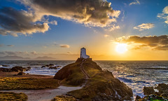 Anglesey Sunset (gmorriswk) Tags: sunset seascape landscape llanddwyn lighthouse twrmawr anglesey