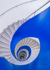 Blue flow (Karsten Gieselmann) Tags: 714mmf28 architektur em1markii mzuiko microfourthirds olympus treppenhaus architecture kgiesel m43 mft staircase stairs munich bavaria germany
