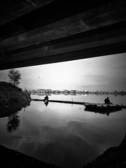 - under the bridge - (Victor - ️️✪ (only use smartphones)) Tags: streetphotography monochrome blackandwhite colourblind freestyle bnw bw grunge