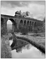 1981-0504 - 850 Lord Nelson on Saddleworth Viaduct. (johncheckley) Tags: railway train uksteam passenger viaduct canal reflection