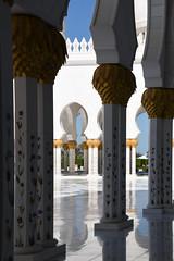 D56_6607 (Frank Berbers) Tags: sjeikzayedmoskee abudhabi vae verenigdearabischeemiraten moskee مسجدالشيخزايد scheichzayidmoschee moschee sheikhzayedmosque nikond5600 mosque mosquéecheikhzayed mosquée 2020 architectuur architecture architektur