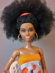 Barbie Fashionistas 105 on MTM body (Deejay Bafaroy) Tags: barbie fashionistas 105 mattel mtmbody madetomove doll puppe black orange