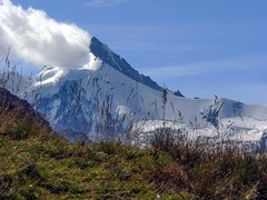 La montagna fuma la pipa (giorgiorodano46) Tags: agosto2008 august 2008 giorgiorodano vallese valais wallis anniviers valdanniviers alps alpi alpes alpen alpesvalaisannes alpipennine alpisvizzere switzerland swissalps suisseromande suisse romandie schweiz