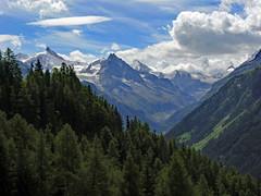 Nuvole sulla corona (giorgiorodano46) Tags: agosto2008 august 2008 giorgiorodano vallese valais wallis anniviers valdanniviers alps alpi alpes alpen alpesvalaisannes alpipennine alpisvizzere switzerland swissalps suisseromande suisse romandie schweiz nuvole clouds nuages couronneimperiale