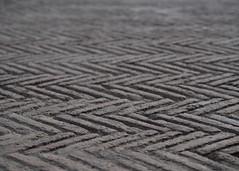 zigzag (Cosimo Matteini) Tags: naples cosimomatteini pen olympus m43 ep5 mzuiko45mmf18 bricks paving napoli zigzag castellodellovo