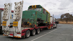 DL Scrap (2 of 2) (Jungle Jack Movements (ferroequinologist) all righ) Tags: dl australian national railways green yellow scrap scrapped cut up freightliner semi trailer rig louken yass hume highway port kembla ashburton loco locomotive train cab cabin rail railway steel truck trucking freight driver butchered hp horsepower big haul cabover trucker drive transport carry delivery bulk lorry hgv wagon road nose deliver cargo interstate australia locomotora locos power grunt performance diesel electric railroad rails line bogie engineer engine appliance kw traction run load pull class dl48