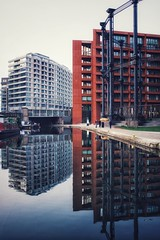 Late pm reflections in Gasholder Park (marc.barrot) Tags: x100f urbanlandscape architecture contemporary building reflection canal uk n1c london king'scross towpath regent'scanal gasholderpark