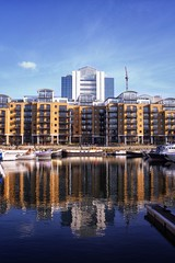 High Noon at City Quay (marc.barrot) Tags: uk london architecture marina contemporary urbanlandscape moorings stkatharinedocks cityquay e1w eastdock x100f stkatharinewapping reflections