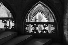 par l'intérieure (Rudy Pilarski) Tags: nikon d750 architecture architectura light lines ligne lumiere luz forme form old ancien travel voyage château france francia europe europa