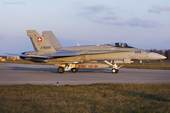 Swiss Air Force, McDonnell Douglas F/A-18C Hornet, J-5025. (M. Leith Photography) Tags: add tags swiss air force jet mcdonnell douglas fa18c hornet switzerland sunshine military plane mark leith photography nikon d7000 70200vrii nikkor aviation cockpit payerne