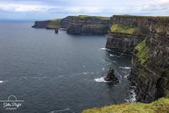 Falaises de Moher - cliffs of Moher (gopillentes) Tags: comtédeclare falaises irlande lahynch moher countyclare ireland landscape wildatlanticway paysage cliffs atlantic atlantique rocks