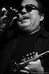 Rob Mazurek: trumpet, electronics, vocals (jazzfoto.at) Tags: sony sonyalpha sonyalpha77ii sonya77m2 wwwjazzfotoat wwwjazzitat jazzitmusikclubsalzburg jazzitmusikclub jazzfoto jazzphoto jazzphotographer markuslackinger jazzinsalzburg jazzclubsalzburg jazzkellersalzburg jazzclub jazzkeller jazz jazzlive livejazz konzertfoto concertphoto liveinconcert stagephoto greatjazzvenue downbeatgreatjazzvenue salzburg salisburgo salzbourg salzburgo austria autriche blitzlos ohneblitz noflash withoutflash concert konzert concerto concierto sw bw schwarzweiss blackandwhite blackwhite noirblanc biancoenero blancoynegro zwartwit pretoebranco portrait retrato portret ritratto portrét