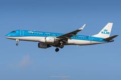KLM Embraer E-190 PH-EZS (Mark_Aviation) Tags: klm embraer e190 phezs klm100 std e190std standard