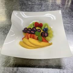 IMG_1971 (Maurizio Masini) Tags: cibo food gourmet buffet fruit fruits frutta tagliata