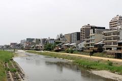 Kamo River - Kyoto, Japan (Rick & Bart) Tags: kamoriver 鴨川 japan nippon 日本 rickbart city landoftherisingsun rickvink canon eos70d kyoto 京都市