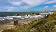 Oregon coast (Robert Grove 2) Tags: coast coastal shore seashore ocean pacific oregon beach waves rocks